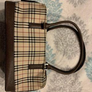 Burberry purse used